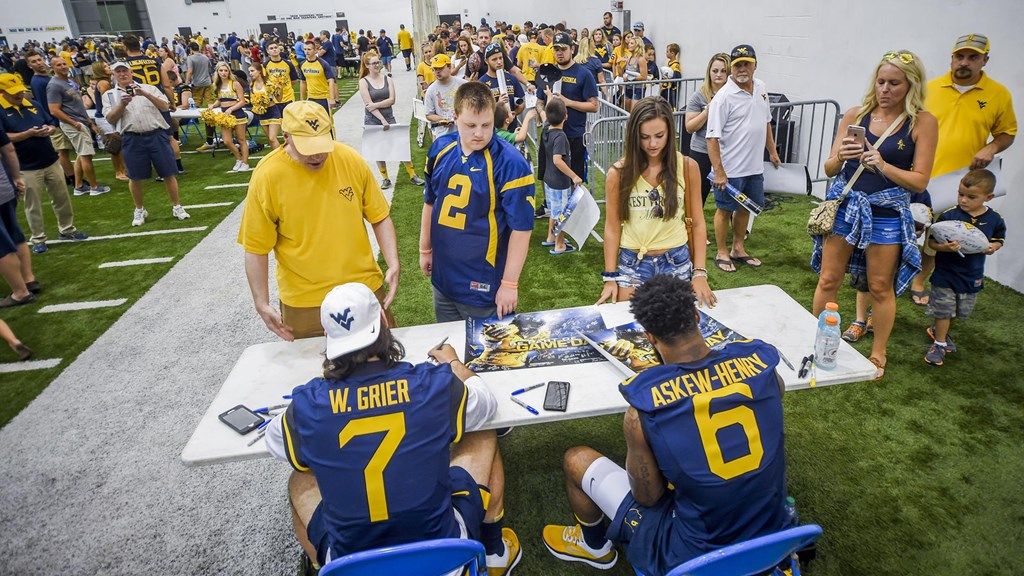 the latest 196a7 96ae7 Fan Day Set for Sunday, August 19 - West Virginia University ...